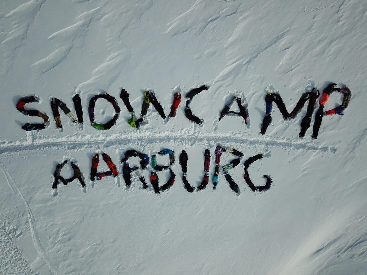 Teilnehmer im Schnee